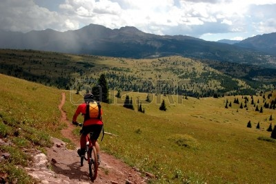 big-sky-montana-mountain-biker